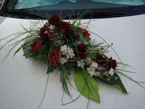 Beispiel: Hochzeitsdekoration der Strechlimousine, Foto: City-Limos.