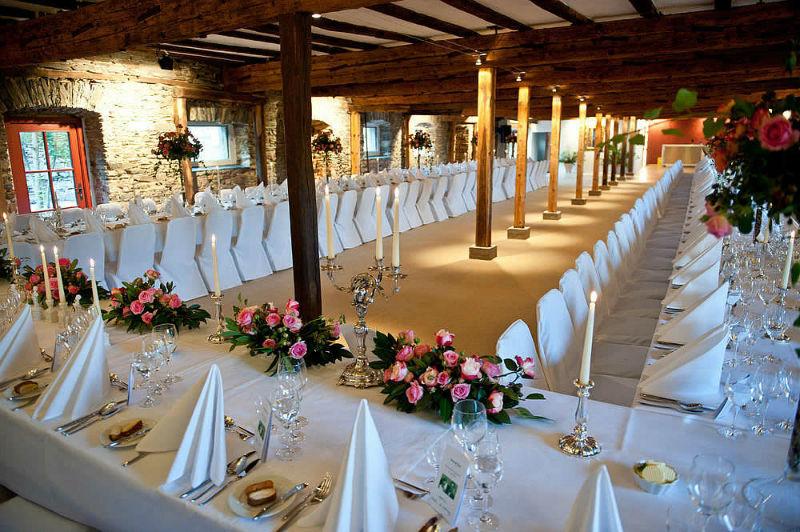 Beispiel: Festtafel, Foto: Schloss Gemünden.