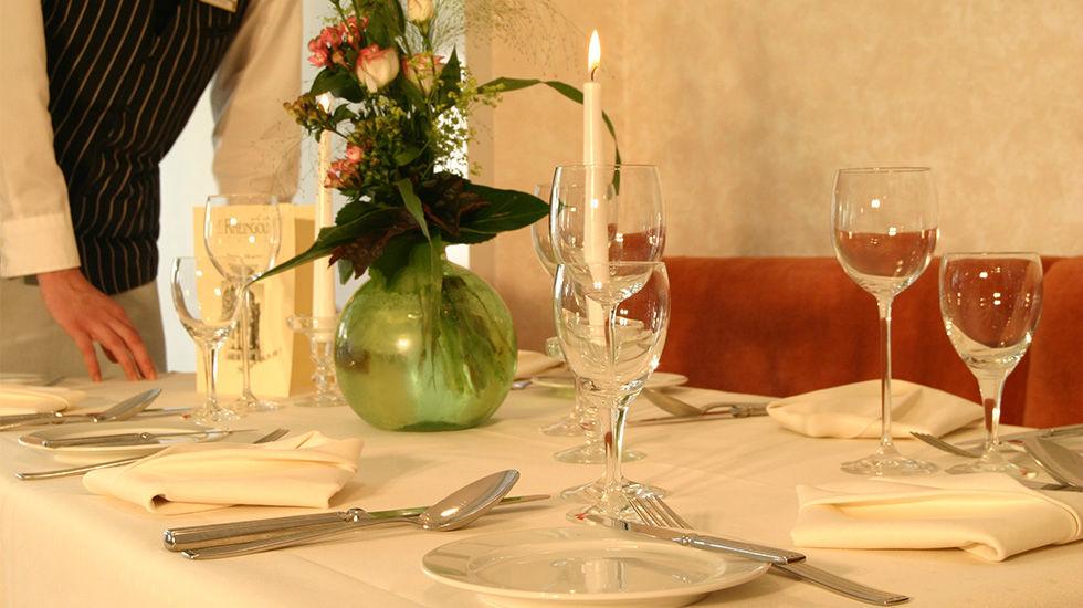 Beispiel: Tischgedeck, Foto: Hotel Rheingold.