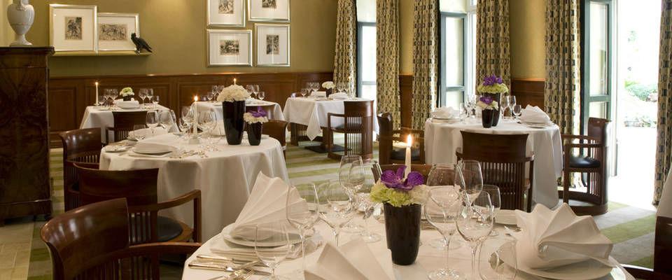 Beispiel: Festlich gedeckte Tische, Foto: Domero Hotel Brandenburger Hof.