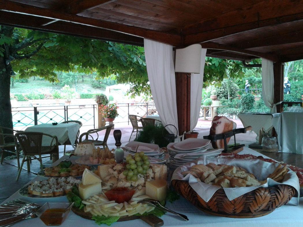 Angolo rustico toscano per buffet - La Buona Tavola Catering&Banqueting Firenze