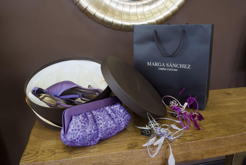 MARGA SANCHEZ.Creamos tus zapatos, tocado y cartera, según tus ideas y estilo.