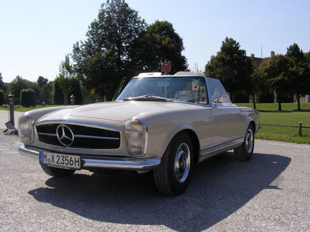 Oldtimer zum Selberfahren: Mercedes Benz 230 SL Pagode (W113) Foto: Classic Roadster München