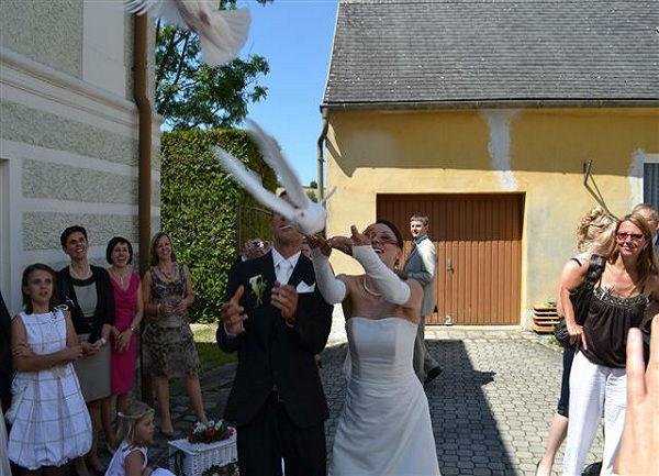 Beispiel: Tauben Hochlass, Foto: Hochzeitstauben Michaela Kohl.