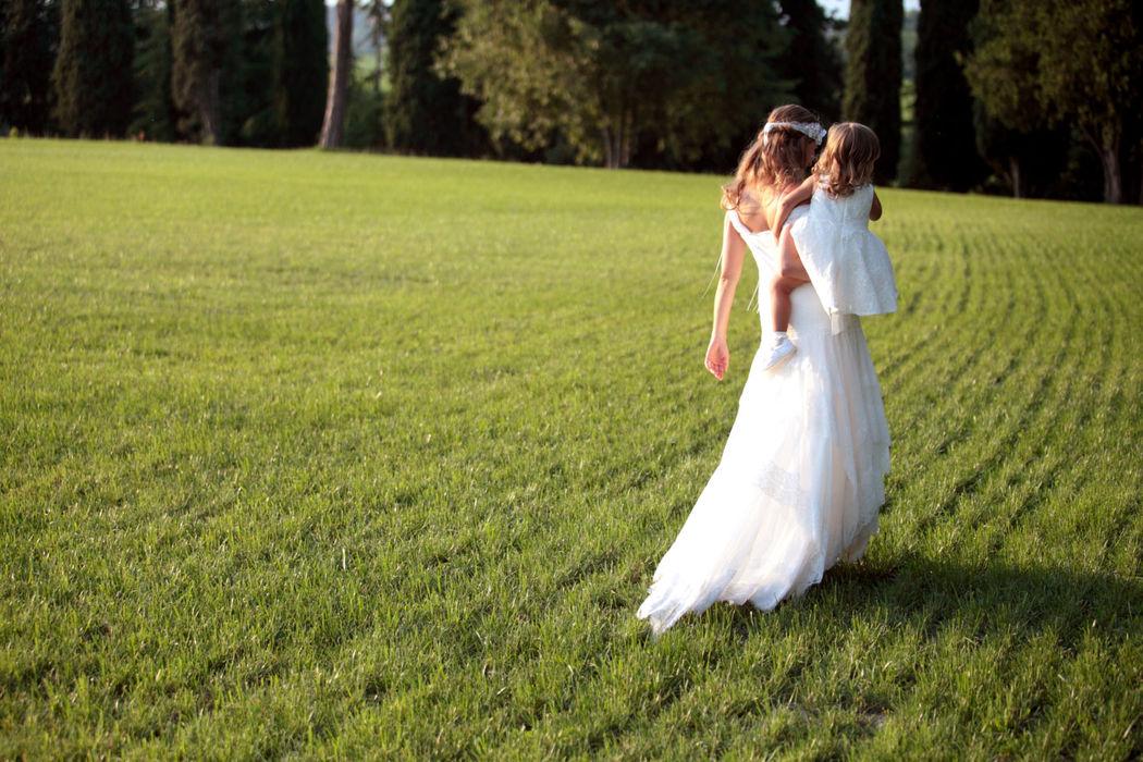 Abito realizzato su misura in atelier firmato: Casa della Sposa Verona. Consulente sposa. Simonetta