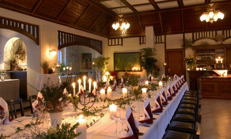 Beispiel: Hochzeitstafel, Foto: Fischhaus.