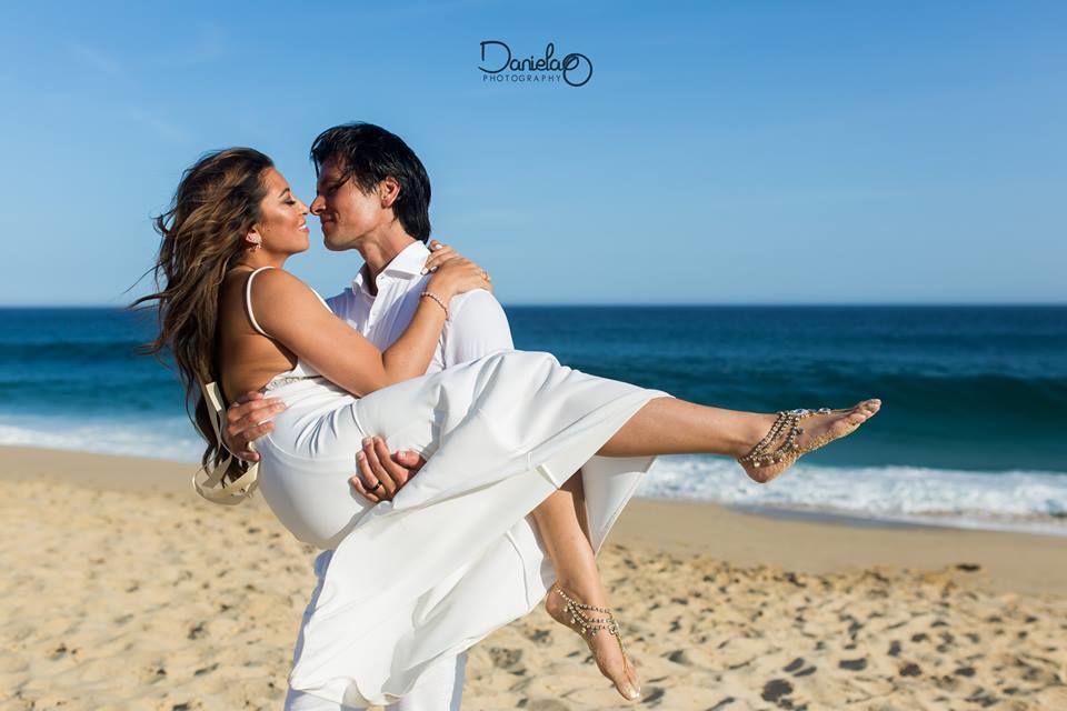 Daniela Ortiz Wedding Photography in Cabo