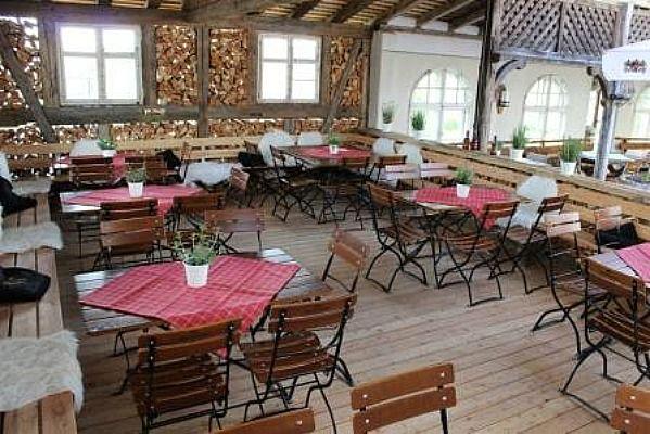 Beispiel: Laube, Foto: Landgasthof Lenderstuben.