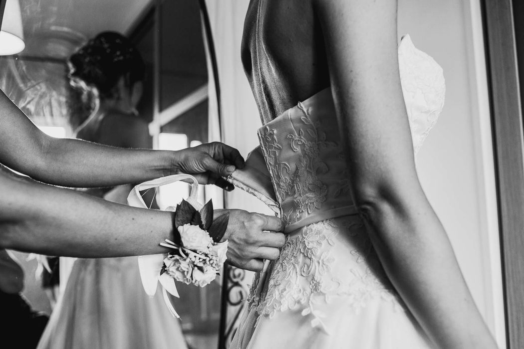 destination wedding photographer Rome pienza angela angelaphoto angela.photo matrimonio Roma preparativi sposa