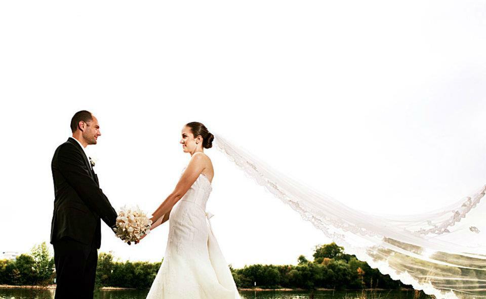 Beispiel: Wunderschöne Hochzeitsfotos, Foto: Lazeta Media.