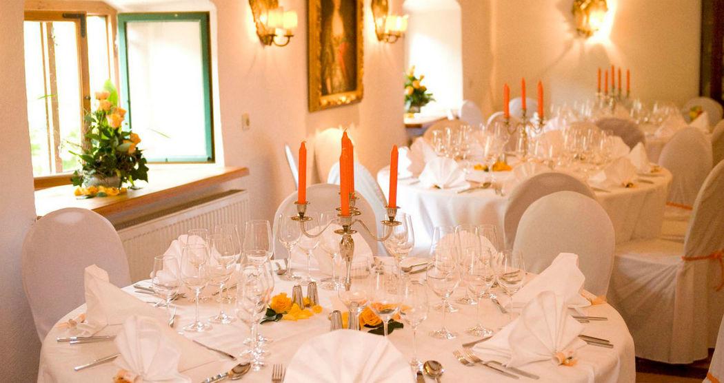Beispiel: Hochzeitstischdekoration, Foto: Sinnesfreunde.