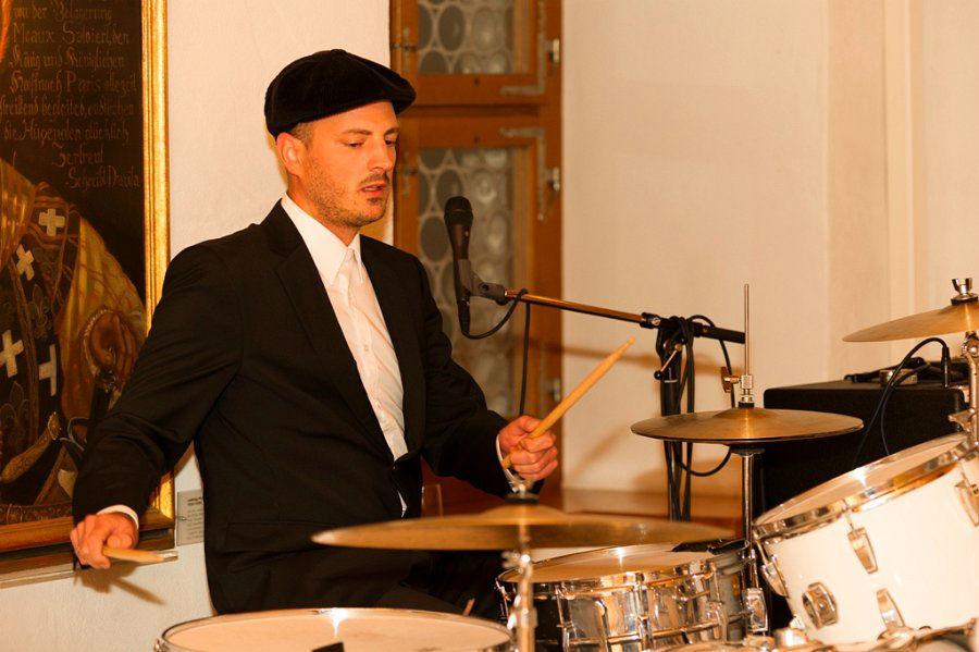 Beispiel: Schlagzeug, Foto: Roundabout.