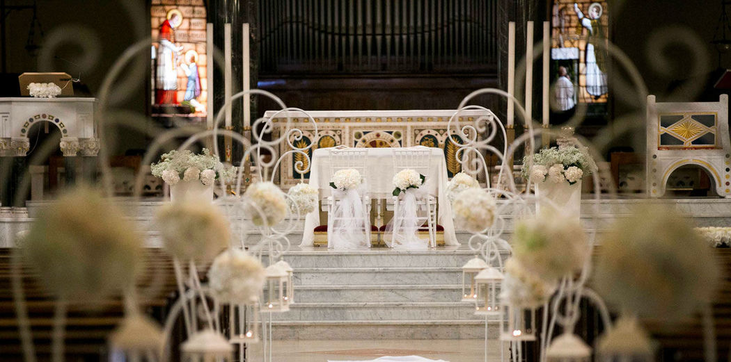 The White Rose  Wedding  church