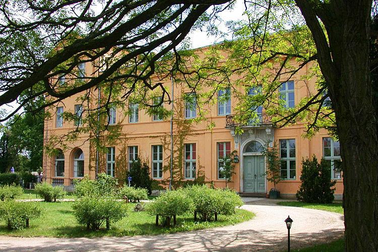 Beispiel: Außenansicht, Foto: Schloss Ziethen.