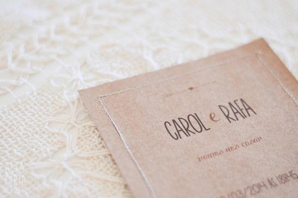 Modelo Carol + Rafa com costura