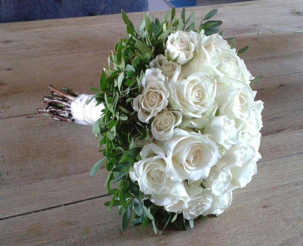 Bouquet de mariée / roses blanches/Estelle Leclerc