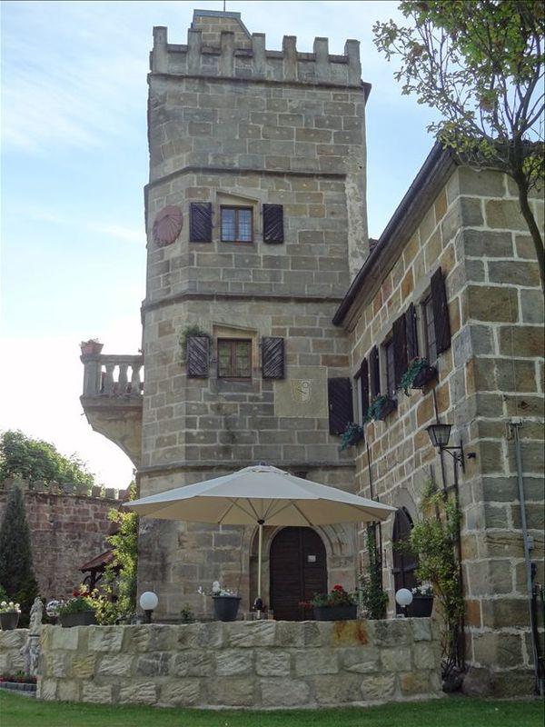 Beispiel: Burgturm, Foto: Schloss Geyersberg.