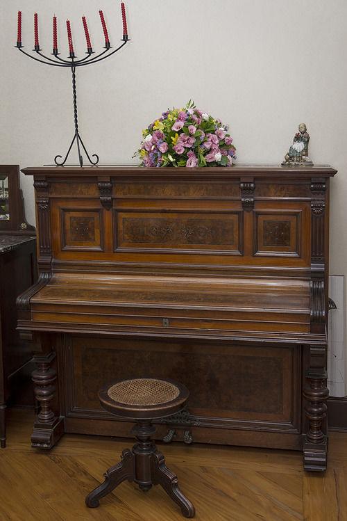 Piano centenário