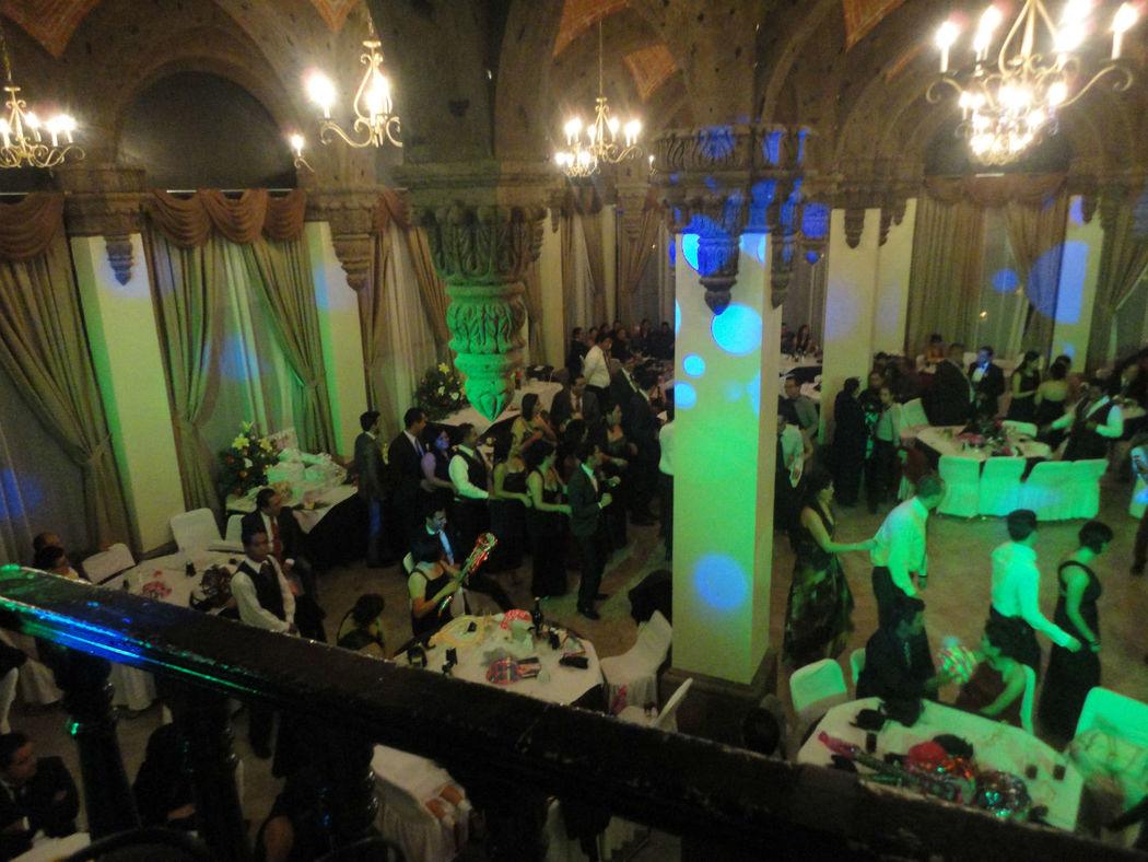 Salon Cristal Hotel Guanajuato, Tu Boda Con DJ en Guanajuato Iluminación, Pista en Guanajuato