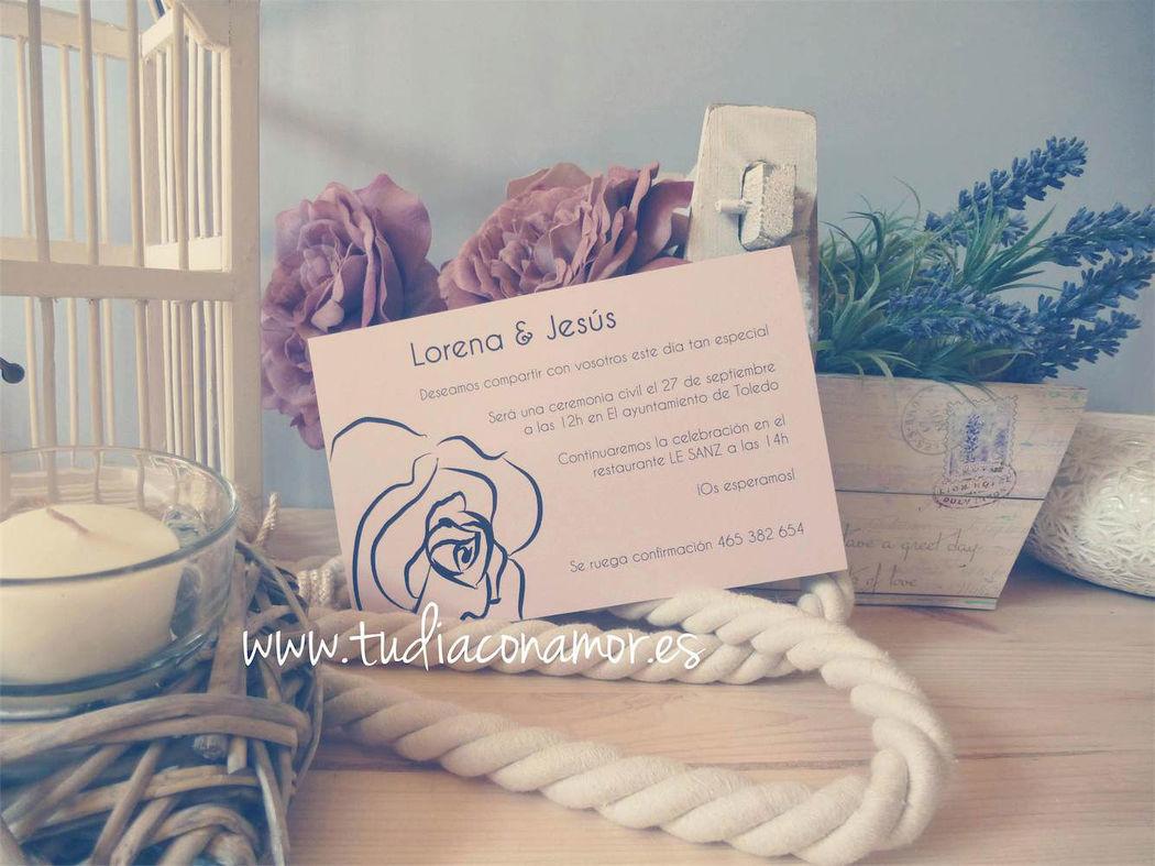 Invitación con motivo de rosa