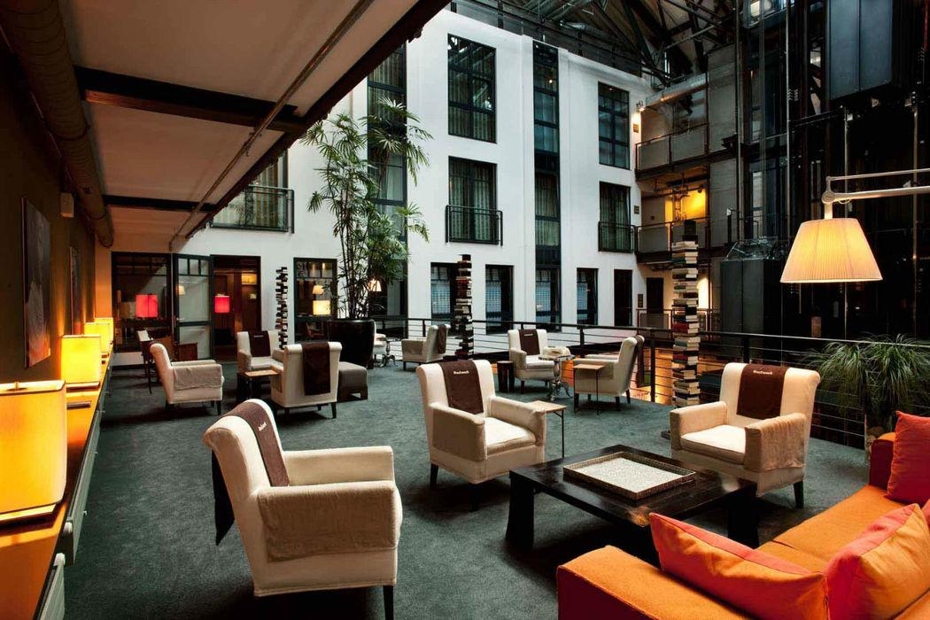 Beispiel: Innenhof, Foto: Gastwerk Hotel.
