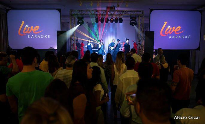 Live Karaoke. Foto: Alécio Cezar