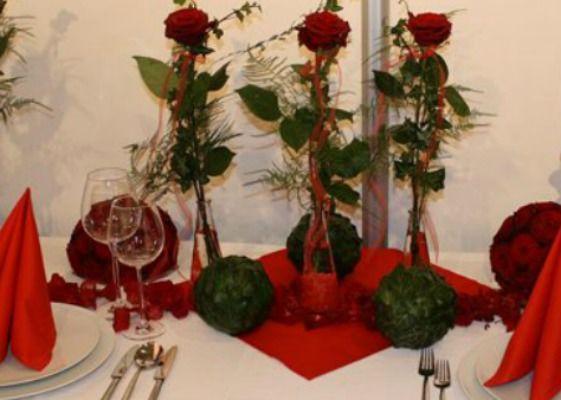 Beispiel: Tischdekoration, Foto: Blumenparadies Hahn.
