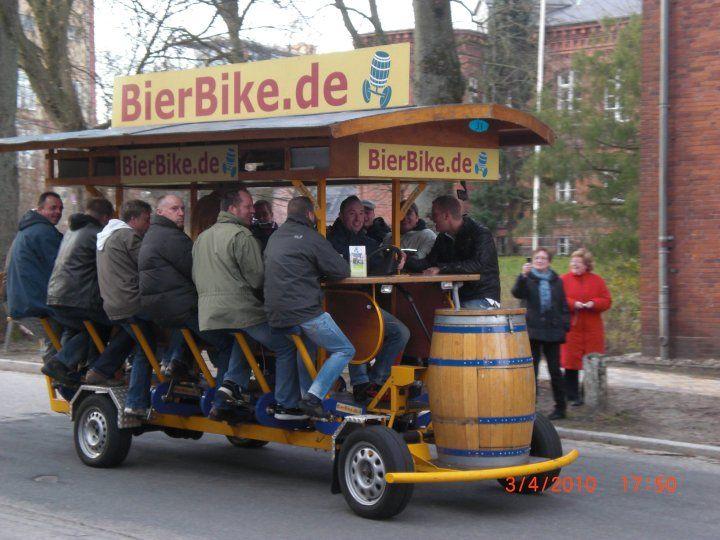 Beispiel: Feiern unterwegs, Foto: BierBike Braunschweig.