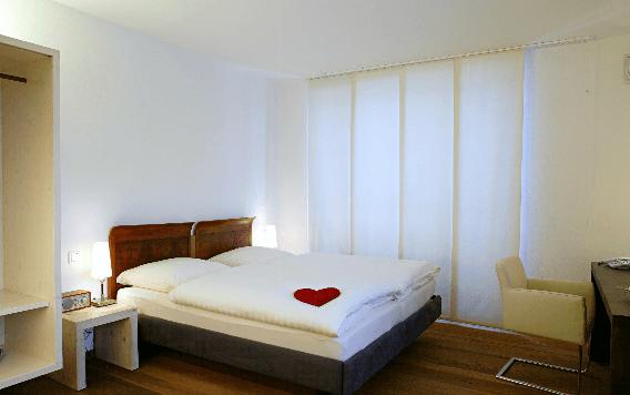 Beispiel: Zimmer, Foto: Hirzinger.
