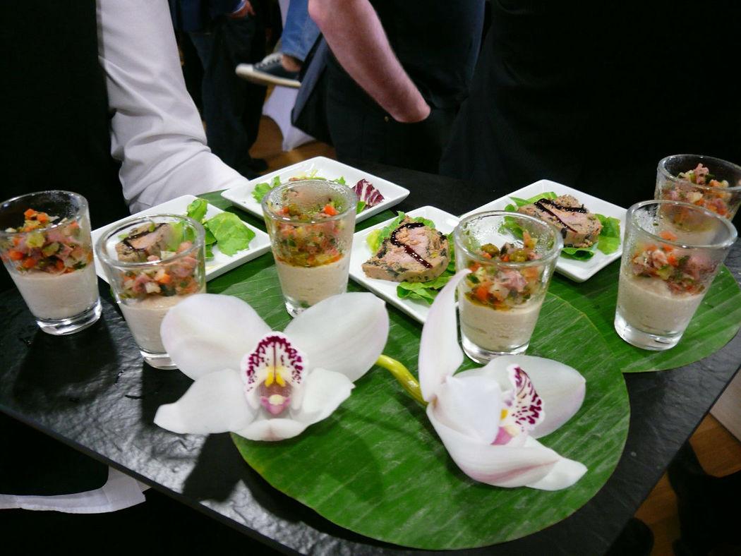 Beispiel: Fingerfood mit Dekorationen, Foto: Unikorn Catering & Events.