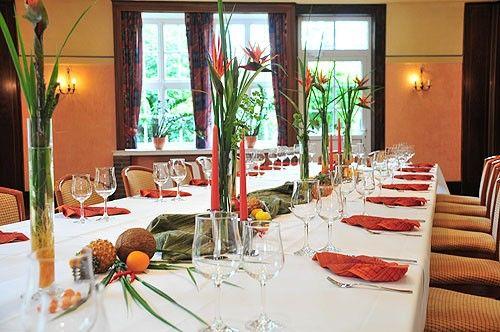 Beispiel: Festtagstafel, Foto: AKZENT Hotel Hahnenkamp.