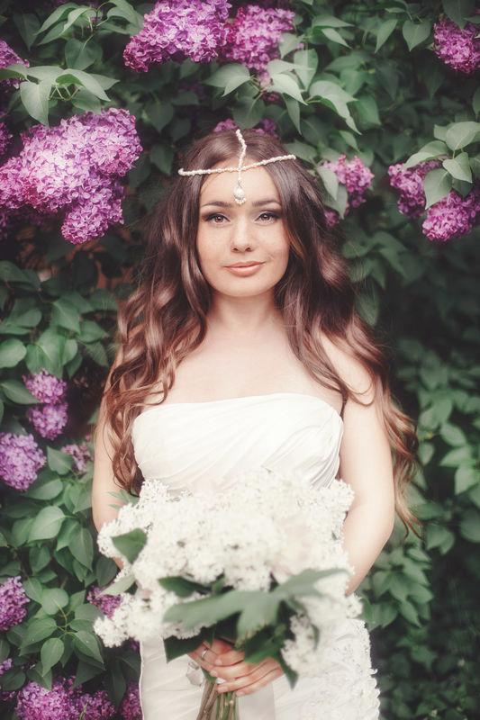 Анастасия . С помощью одного аксессуара можно легко подчеркнуть образ невесты и сделать его не классическим
