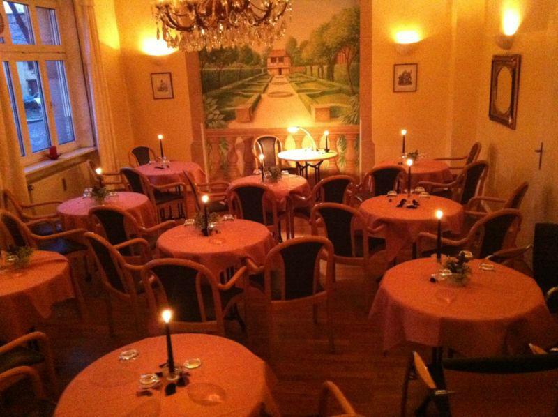 Beispiel: Nebenzimmer festlich, Foto: Dampfnudel-Bäck.