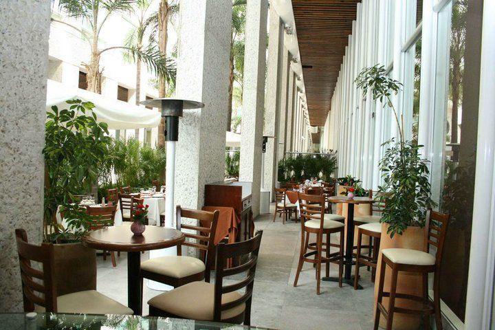 Los mejores espacios para personalizar todo tipo de eventos - Foto Banquetes Extelarys