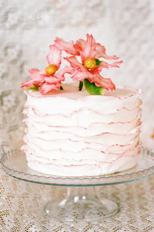 Торт в рюшах