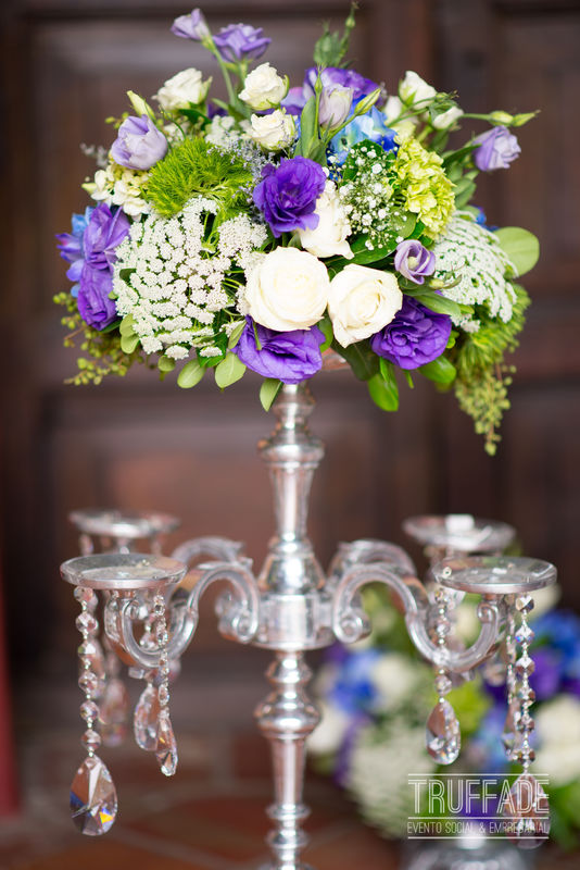 Centerpiece elaborado por nuestro departamento de floristería para la boda de Paulina + Roberto