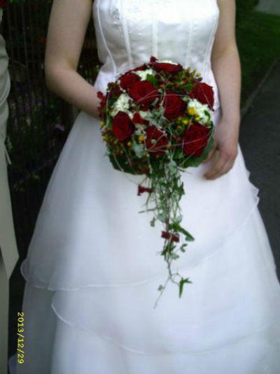 Beispiel: Einzigartige Hochzeitssträuße, Foto: Blumenstüberl Helmut Frick.