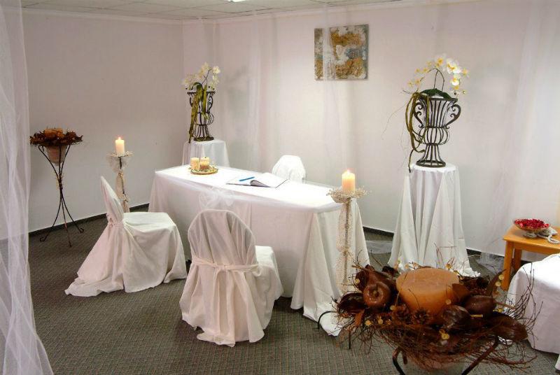 Beispiel: Hochzeitsarrangement, Foto: Nestor Hotels.
