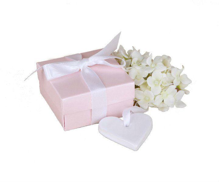 Beispiel: Geschenkebox und Anhänger, Foto: Lillykriss.