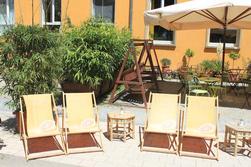 Beispiel: Liegestühle, Foto: Restaurant Süden.