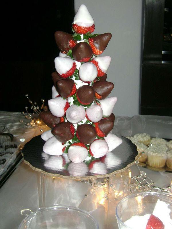 Arbol de Fresas con chocolate en tu MESA DE POSTRES
