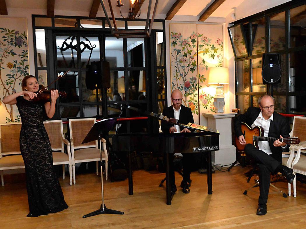 Aperitivo de boda en el Hotel La Malcontenta de Palamós (Girona)