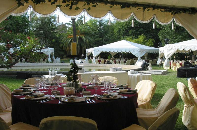 Almuerzo en los jardines del Recreo de las Cadenas