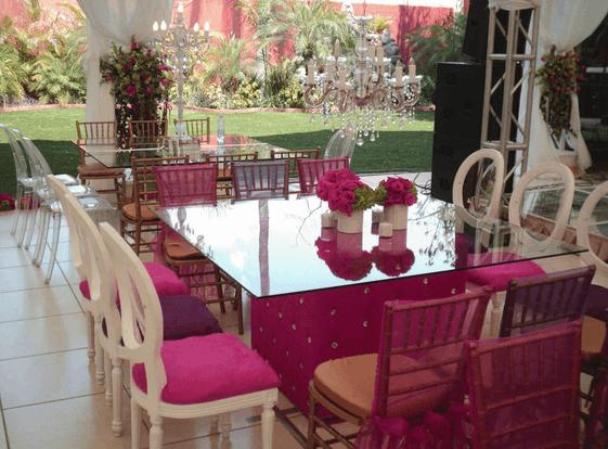 Montaje y decoración colorida para el banquete de boda - Foto Gastro Uno Banquetes