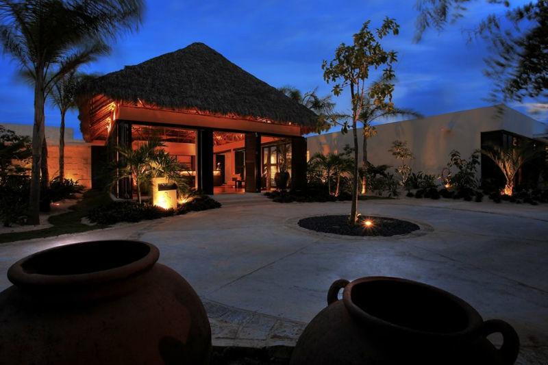 Hotel para luna de miel en la playa del Caribe - Foto Blue Diamond Riviera Maya