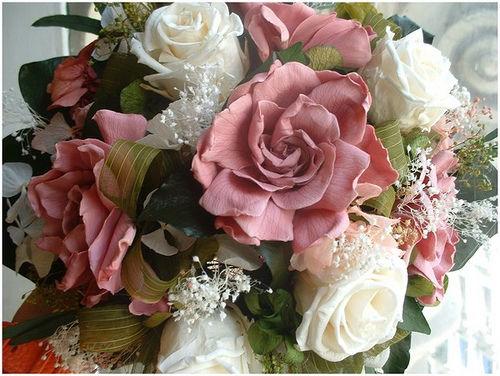 Gardenias rosa y rosa porcelana
