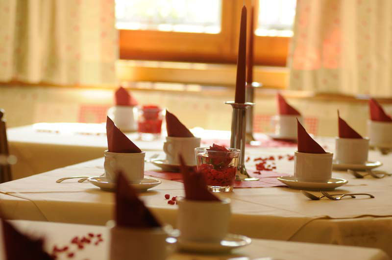 Beispiel: Tischdekoration, Foto: Bio Hotel Bayerischer Wirt.
