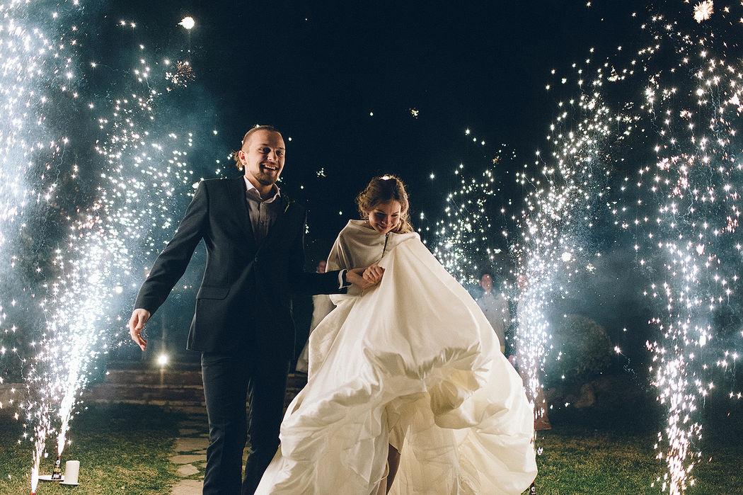 Свадьба в средневековом замке Mas Falet 1682 в Испании.Свадьба Александр и Дарья Фотограф Алан Нарт
