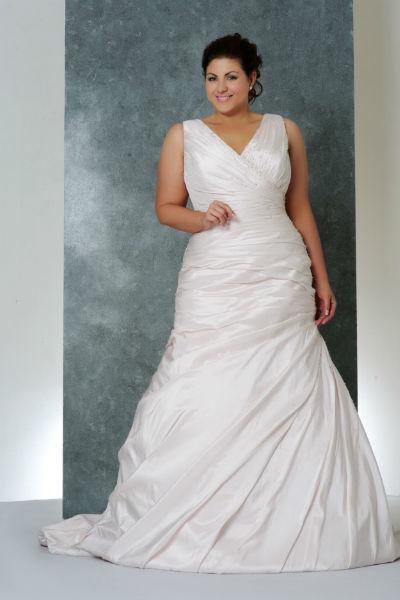 Suknie ślubne z salonu Kambelina