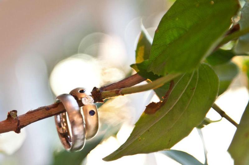 Beispiel: Von Trauringen bis zum Hochzeitsfotografen, Foto: Juli Fotografie